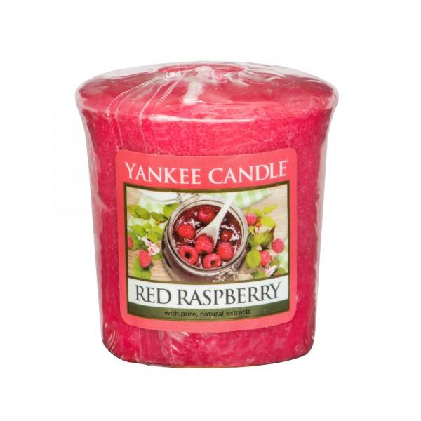 Yankee_1323190_red_raspberry_votive_2000x2000