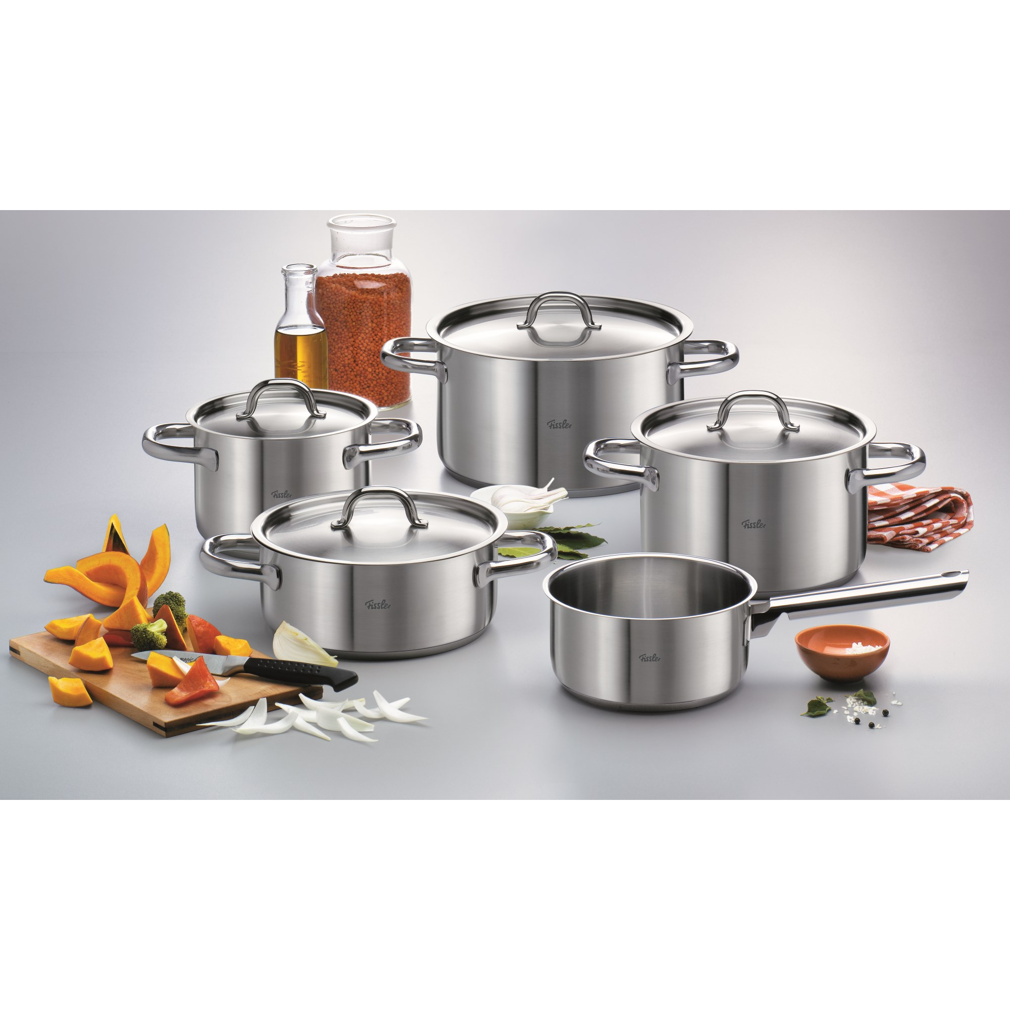 fissler serie family line topfset 5 teilig mit metalldeckeln topfsets kochen kochen. Black Bedroom Furniture Sets. Home Design Ideas